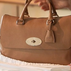Mulberry e la Del Rey: come nasce una it-bag