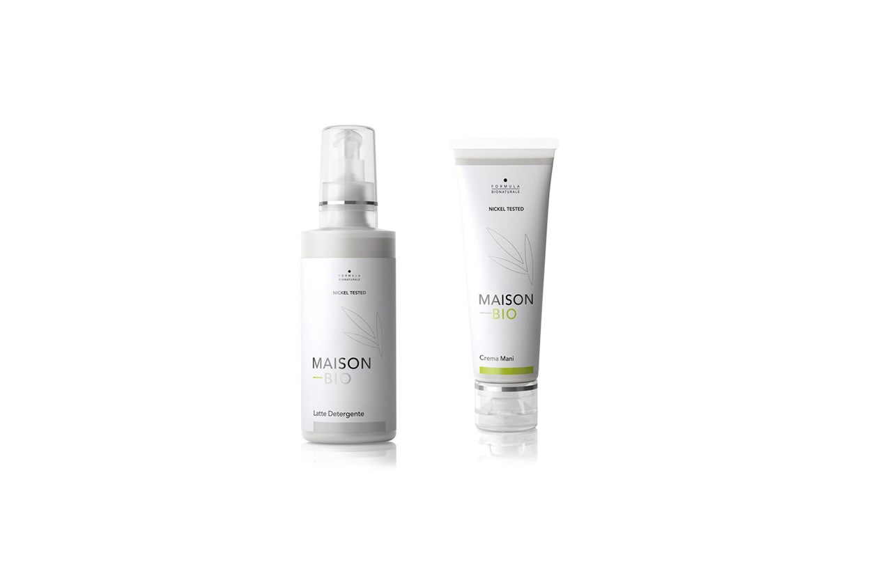 A base di aloe vera, olio di jojoba, olio di enotera e tè verde, la crema mani di Maison Bio è una soffice emulsione