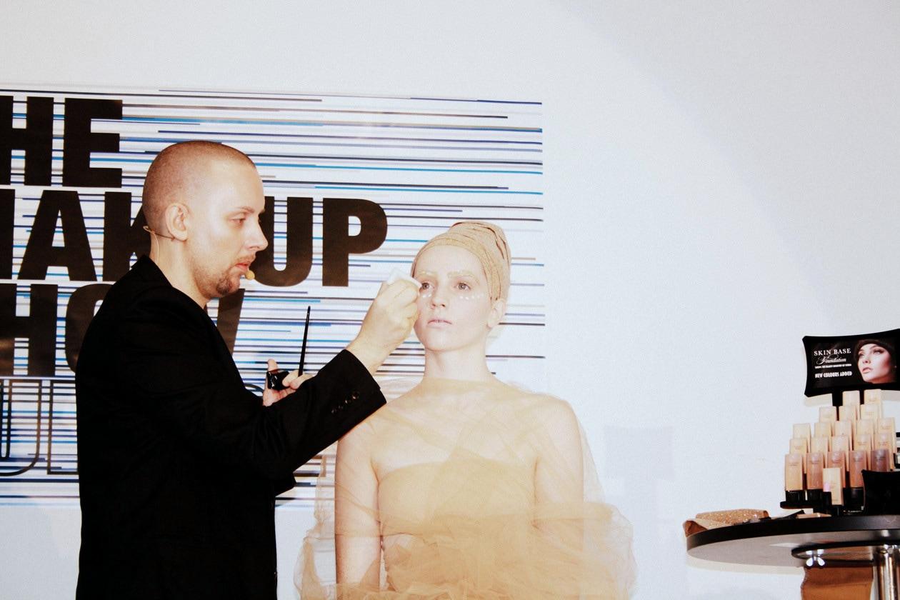 David Horne presenta il nuovo fondotinta di Illamasqua al The Make Up Show Europe