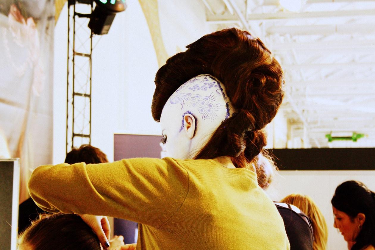 Hair artist all'opera al The Make Up Show di Berlino