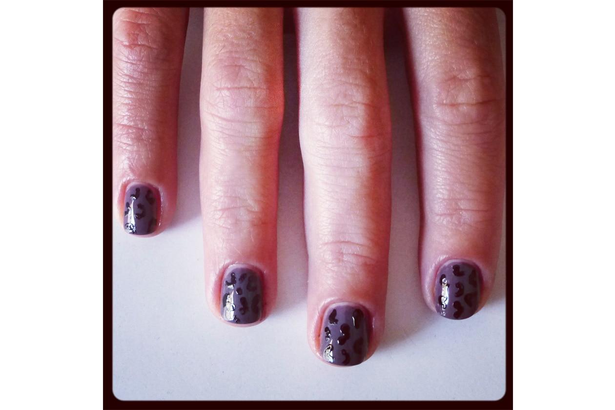 07 Beauty manicure tutorial maculato