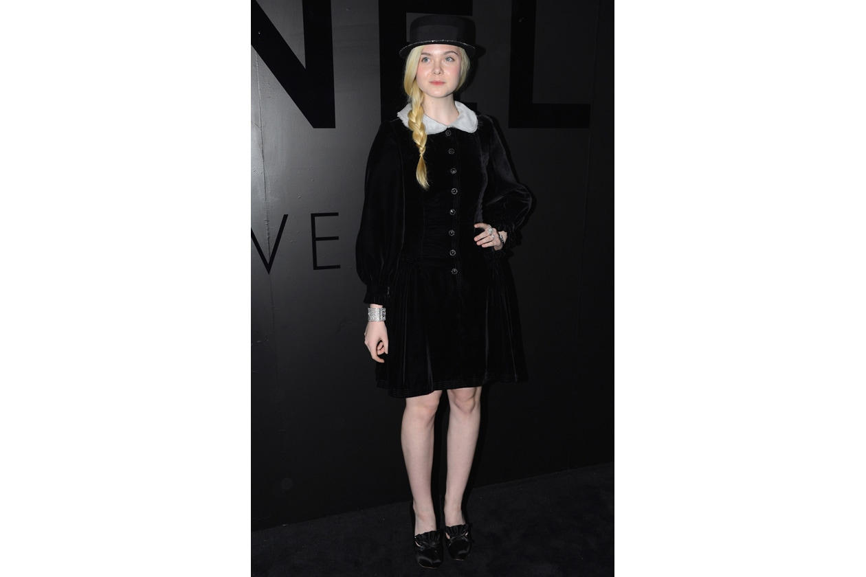 08 Star peter pan colla elle fanning getty