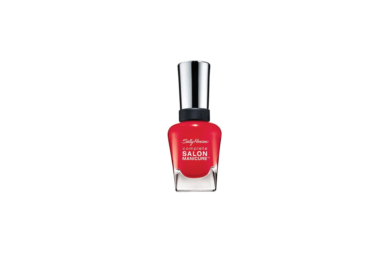 All Fired Up accende la manicure (Sally Hansen)