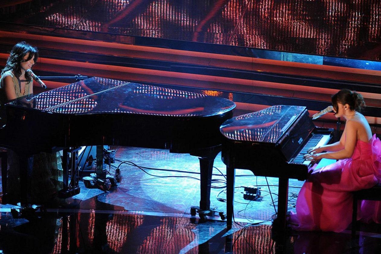 Francesca Michielin al pianoforte