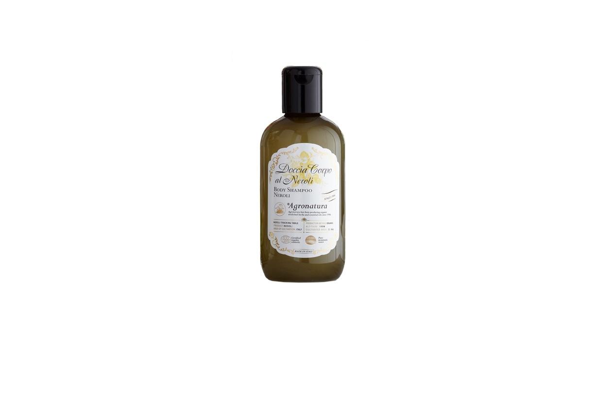 A base di olio bio toscano e calendula, il doccia corpo al neroli di Agronatura svolge un'azione lenitiva ed emolliente