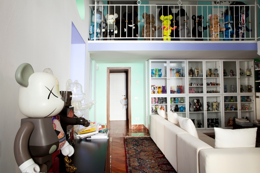 Bearbricks interno casa