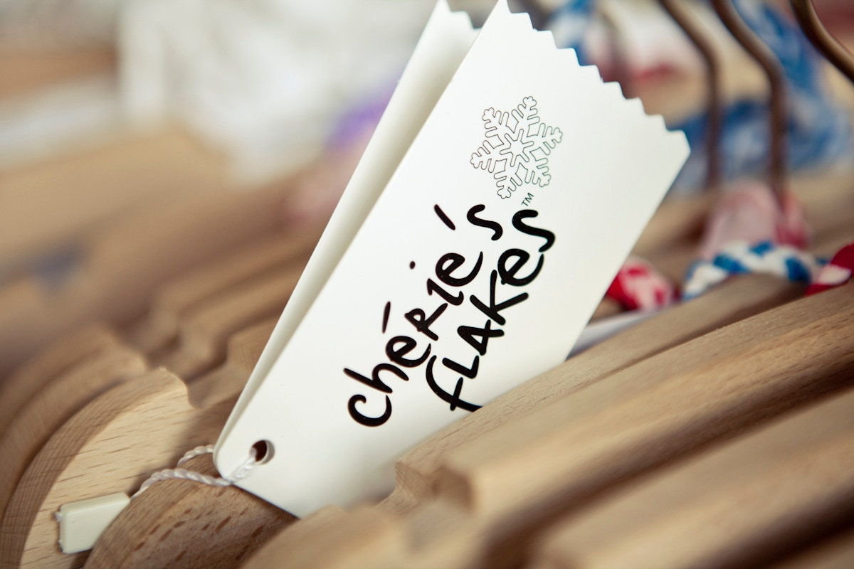 Costumi Cherie's flakes