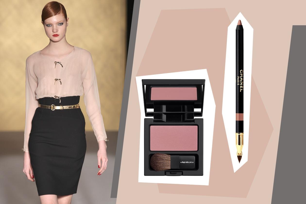 Eleganza fine per la modella di Paola Frani come il make up dalle tonalità delicate (blush di Diego Dalla Palma e matita Parfait di Chanel)
