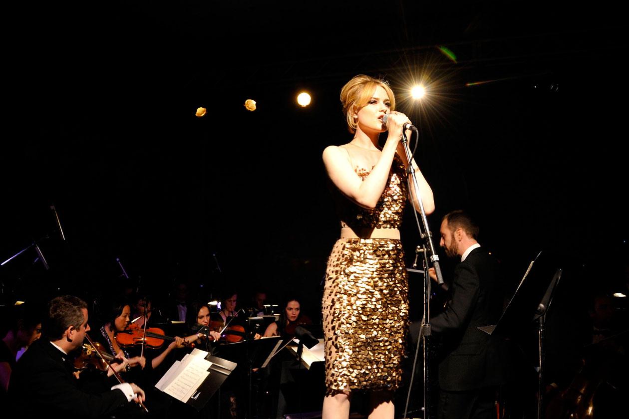 Evan Rachel Wood Performance