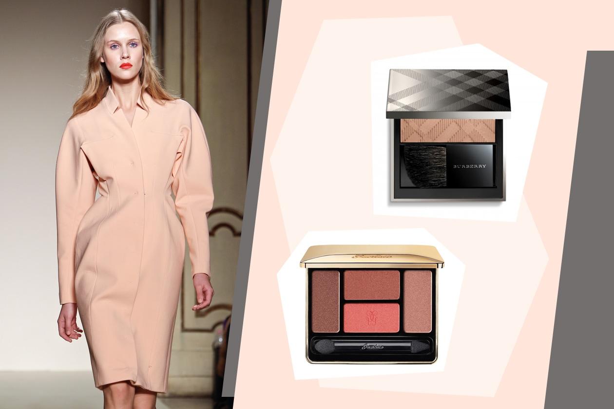 I toni tenui della palette L'Ecrin 4 Couleurs Eyeshadow di Guerlain e del blush Light Glow Earthy di Burberry completano il look chic di Colangelo