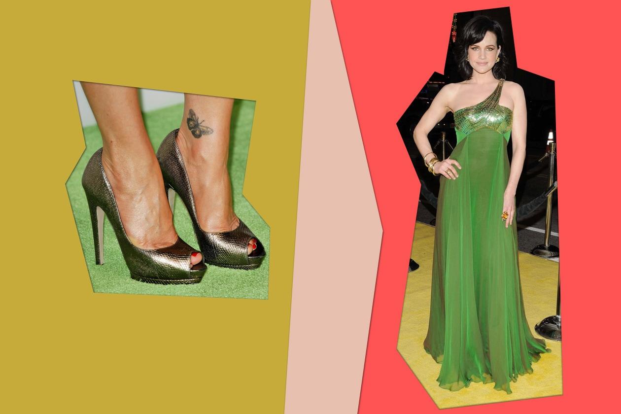 L'attrice Carla Cugino predilige il peep toe con uno smalto rosso