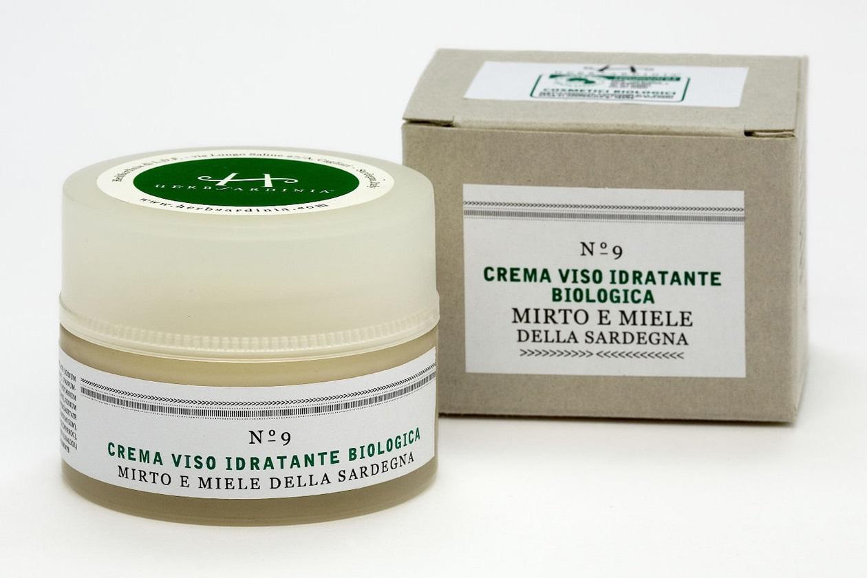 Un cosmetico naturale al 100% a base di miele e mirto: è la crema viso idratante di HerbSardinia