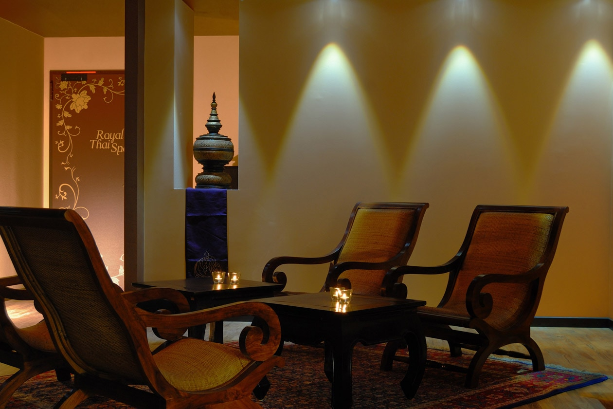 Design e trattamenti extra lusso al Cocca Hotel Royal Thai SPA