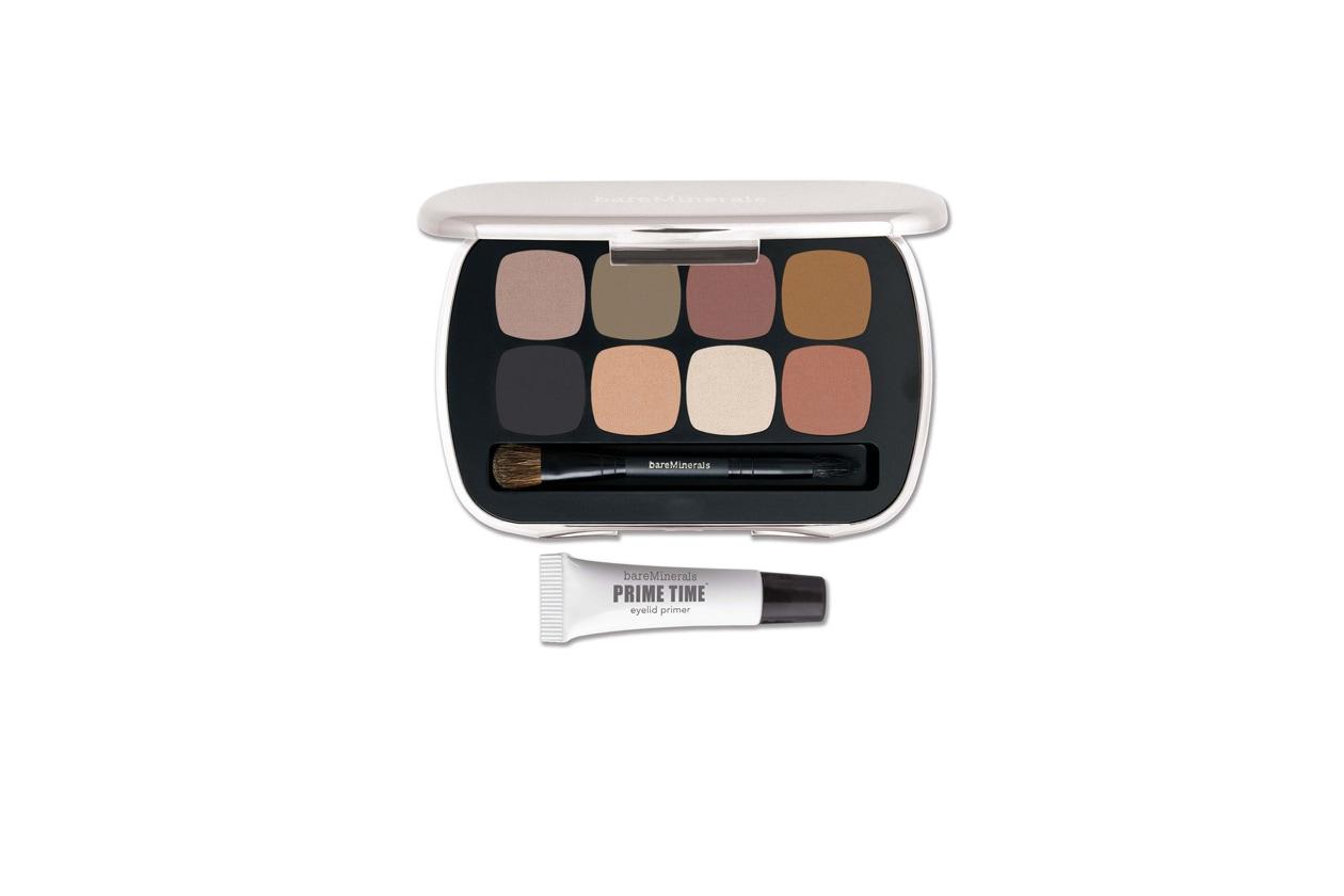 La palette bareMinerals è formata da ombretti dalla texture setosa e da una base make up occhi