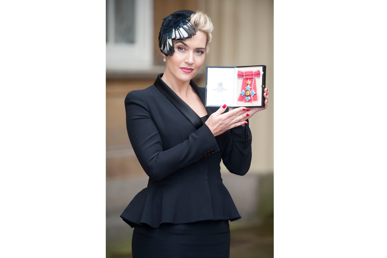 Red nails anche per l'attrice Kate Winslet
