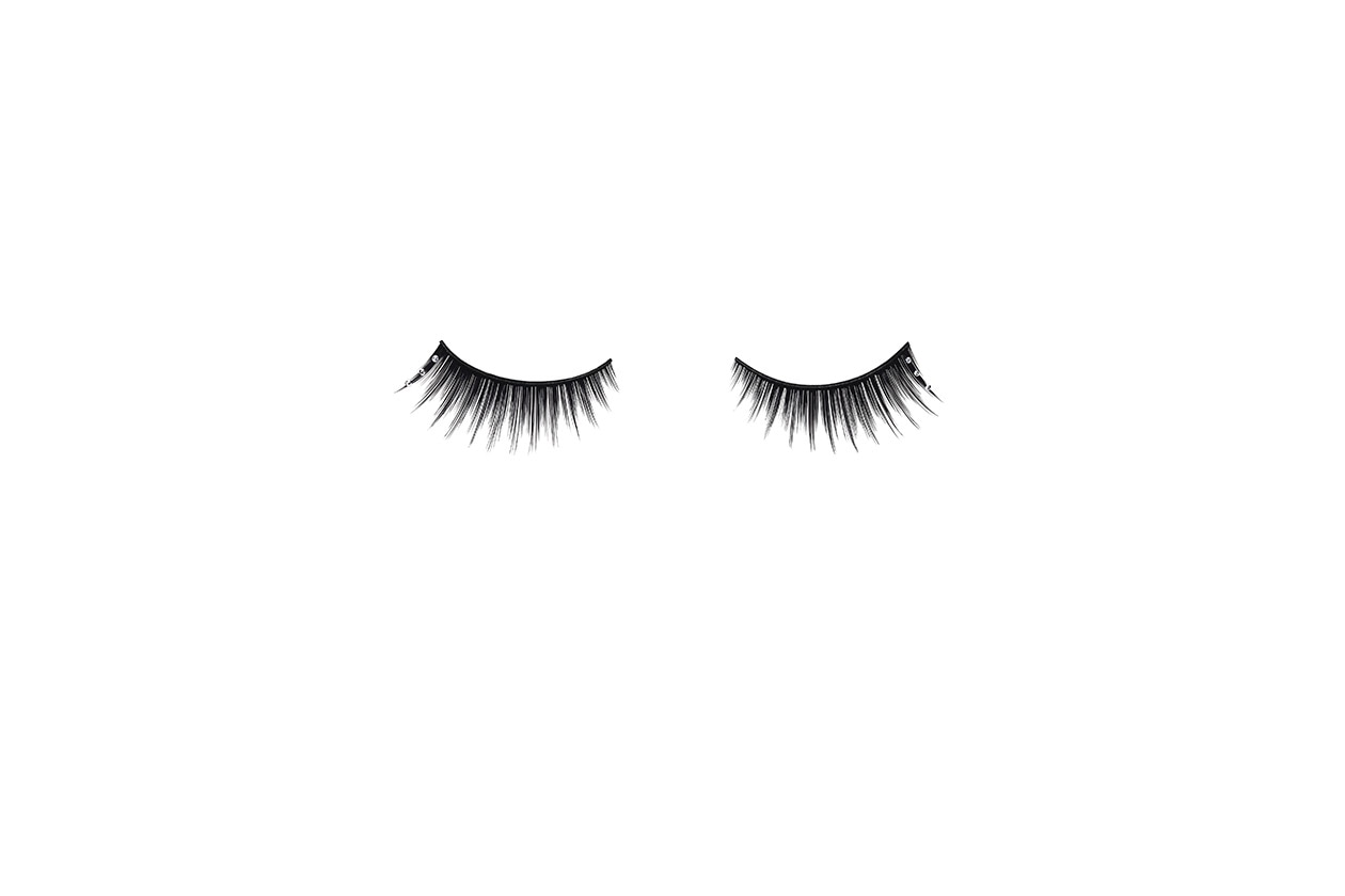 Dior XMas Look Faux Cils pearl drop