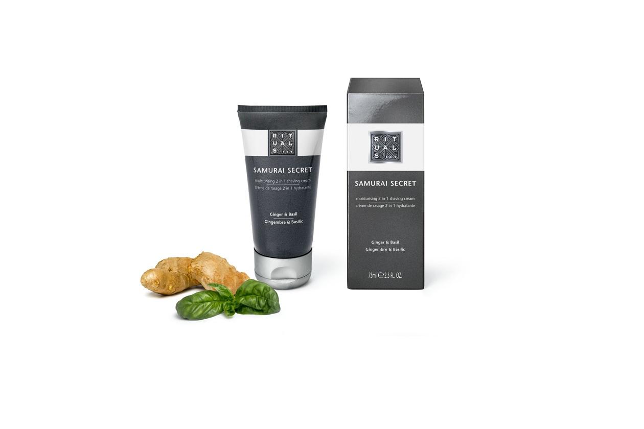 La Secret Cream di Rituals è una crema da barba dalla formulazione ricca e un balsamo dopobarba rinfrescante