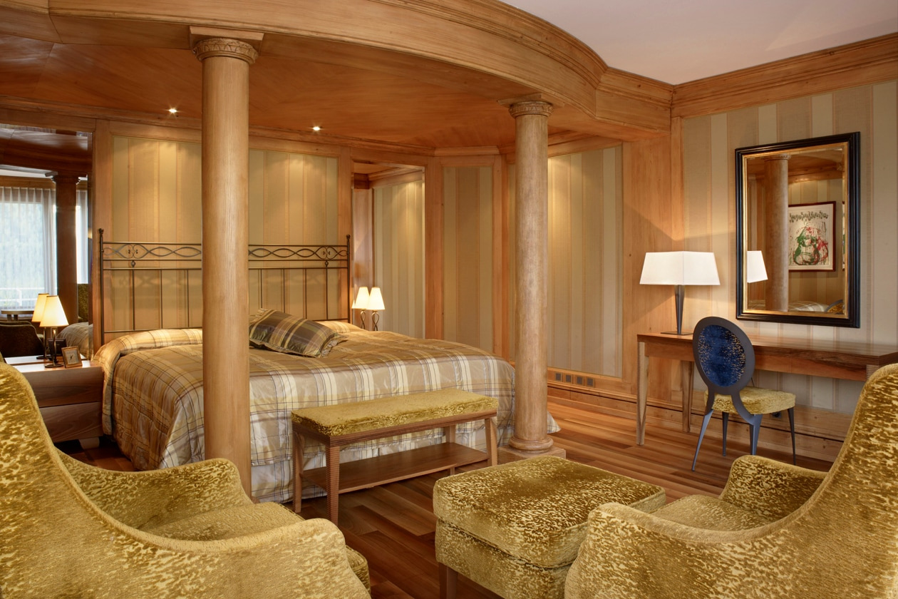 Presidentiial Suite South Bed Room