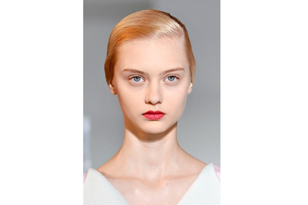 Un rosso chiarissimo per la modella di Jil Sander