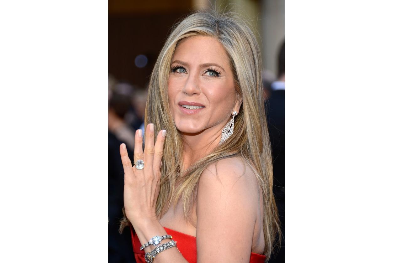 E il premio per la migliore pettinatura alla Jennifer Aniston va… alla Aniston