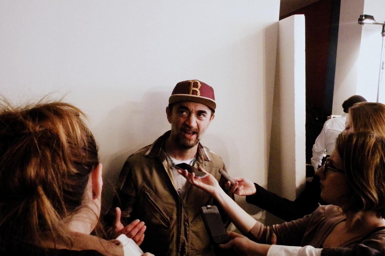 Eugene Souleiman durante l'intervista