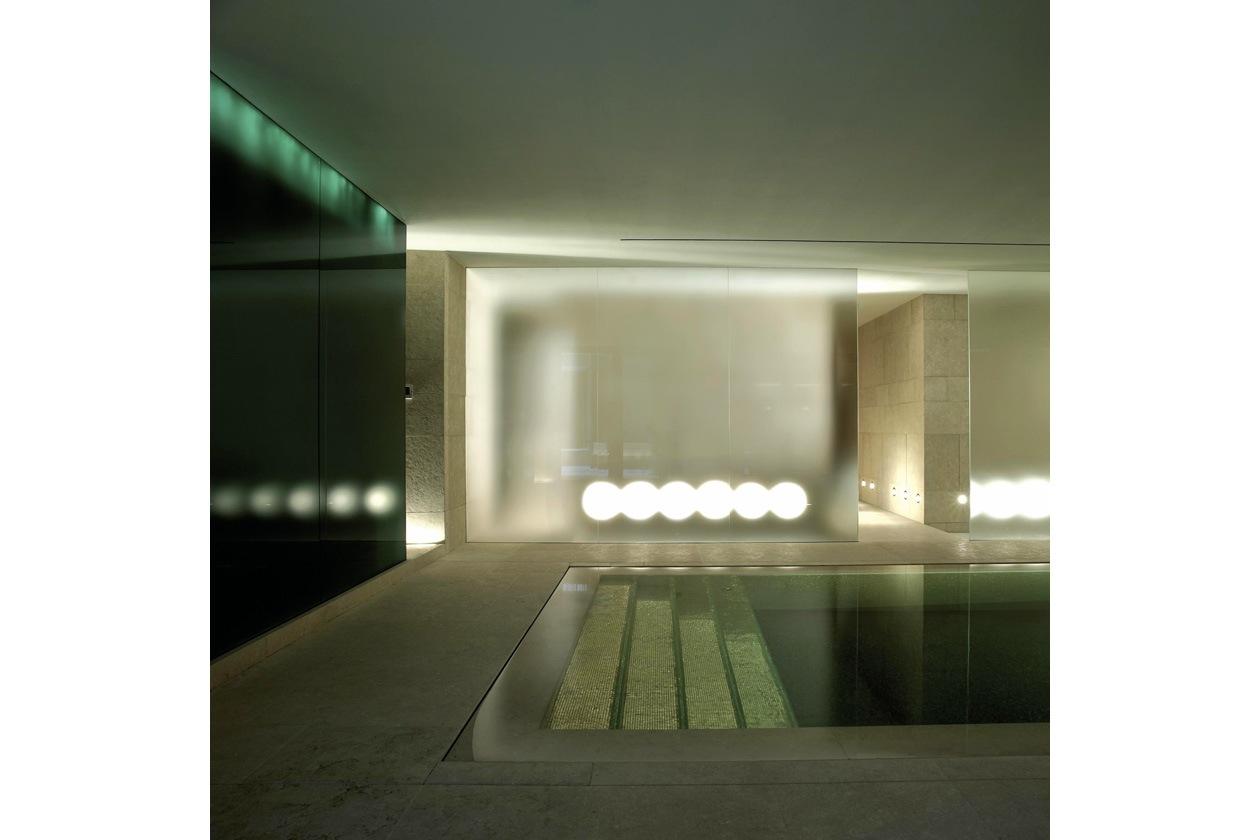 Obiettivo relax totale nella sala principale della SPA Hotel Bulgari