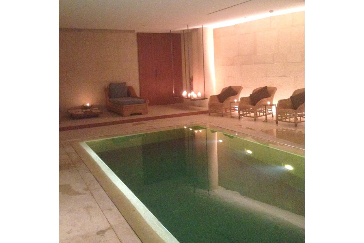Ritorniamo in piscina e lasciamo che i benefici del massaggio ci accompagnino ancora per qualche minuto