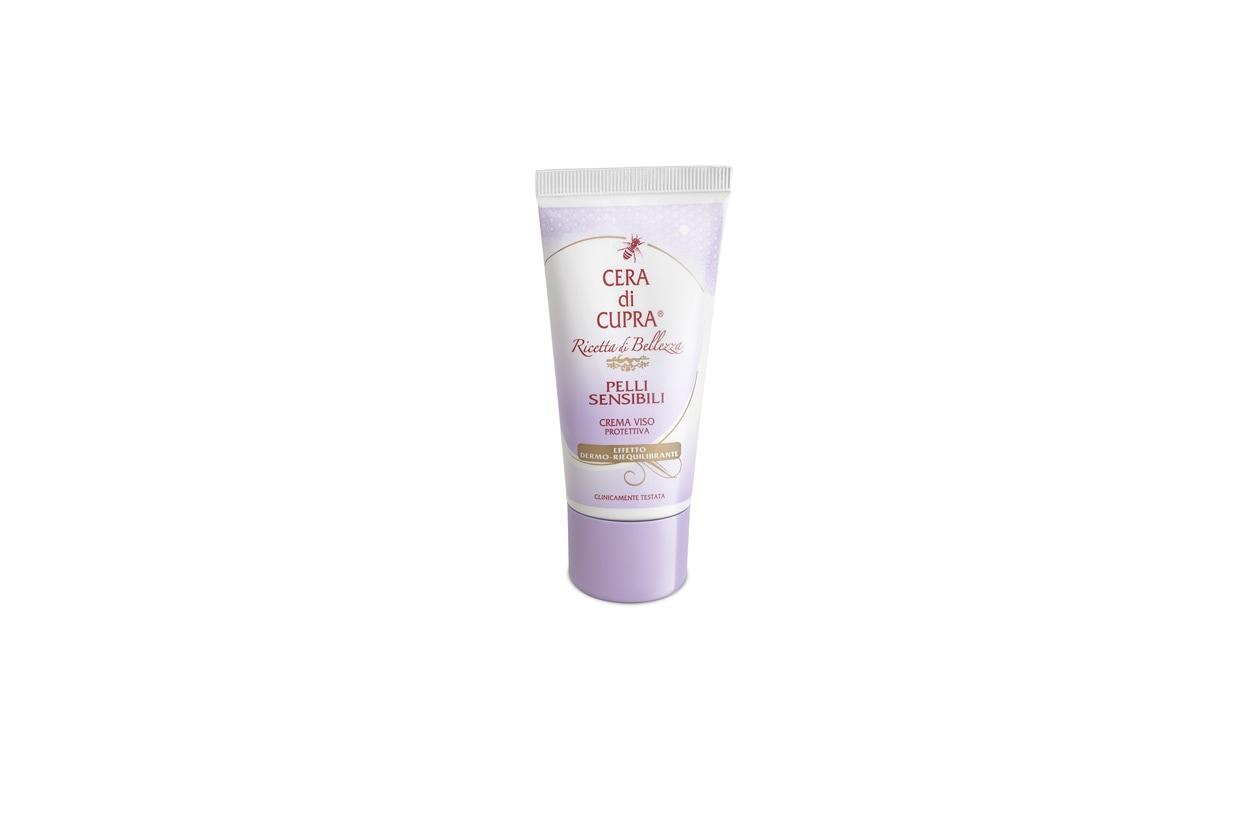 Un prodotto storico: la crema viso Cera di Cupra Pelli Sensibili garantisce un effetto dermo-riequilibrante grazie alla presenza di lipidi