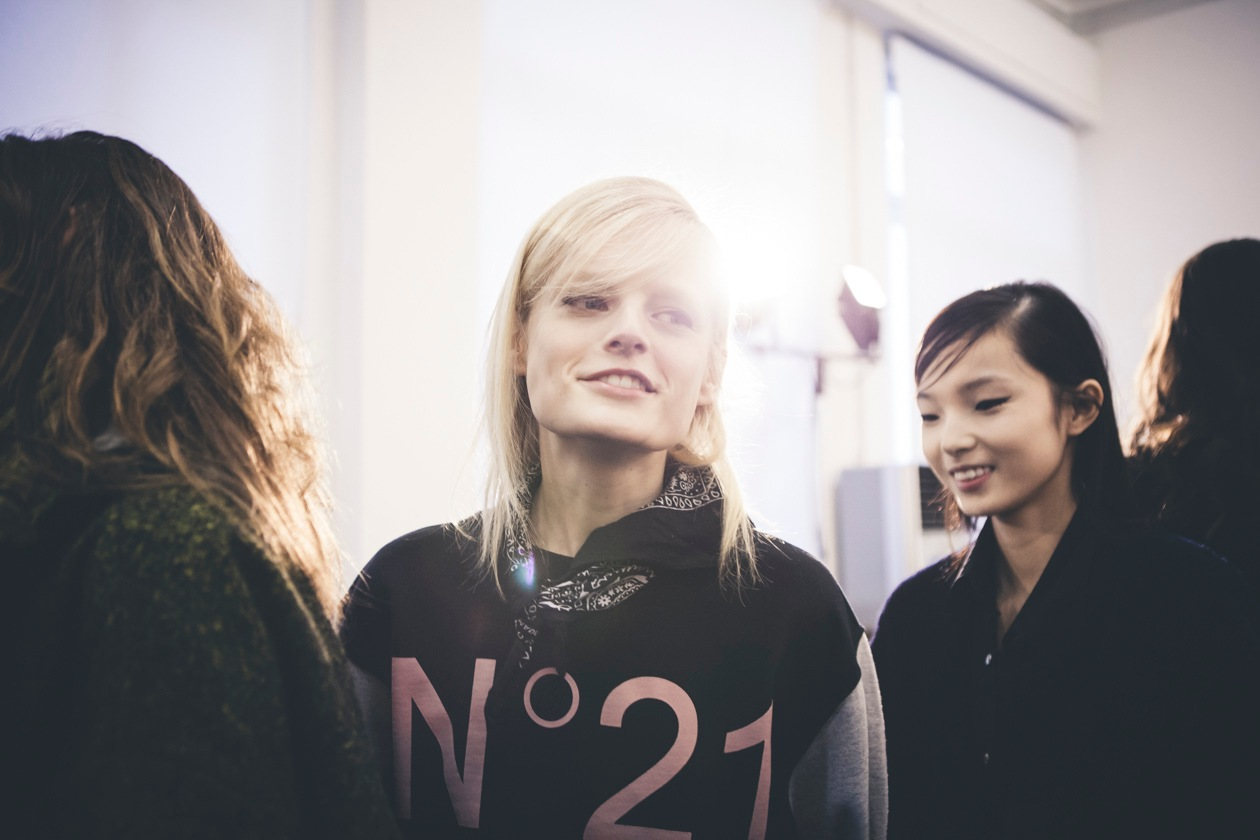 N. 21: il backstage Beauty e Hair
