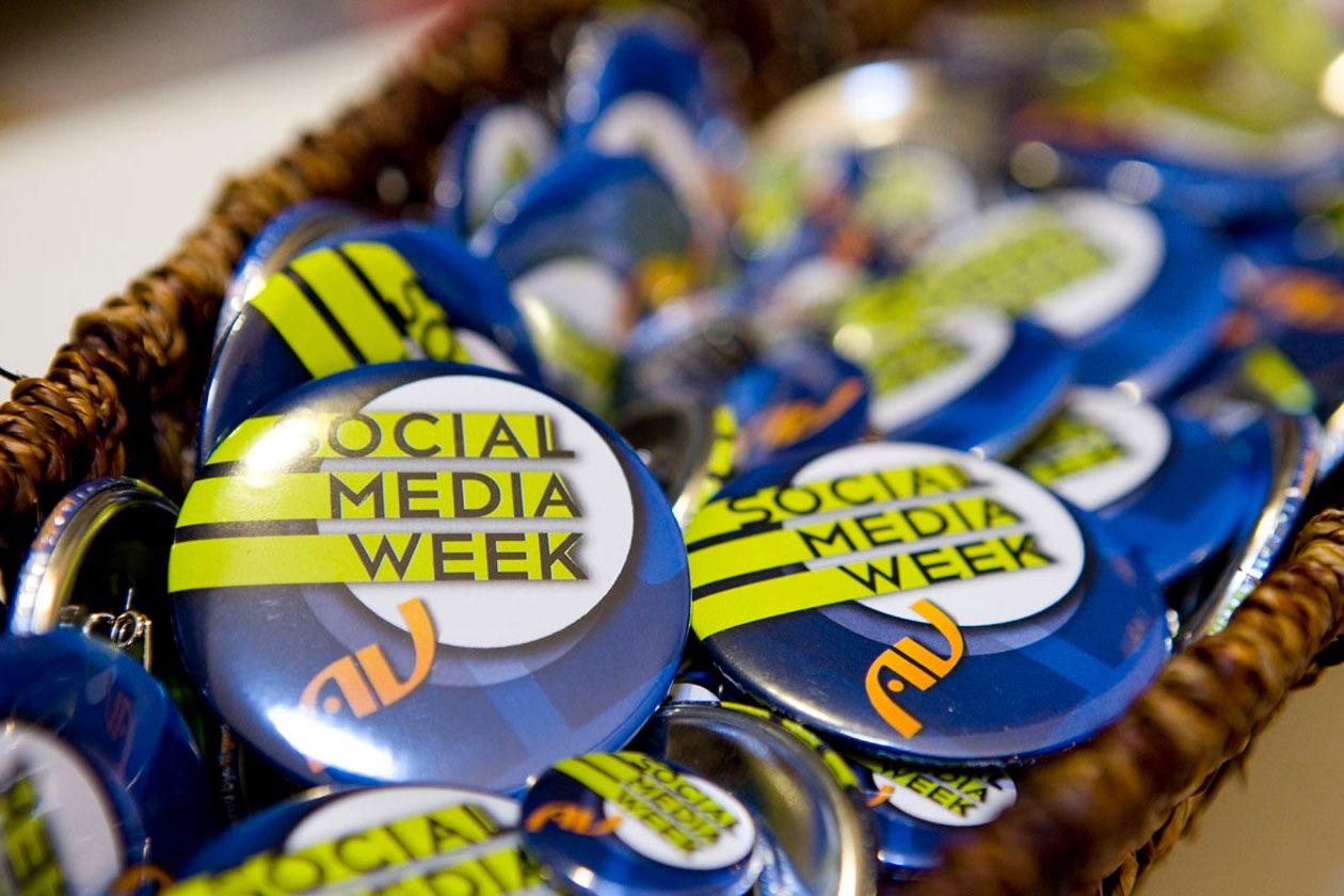 social-media-week-pins-2013-milano