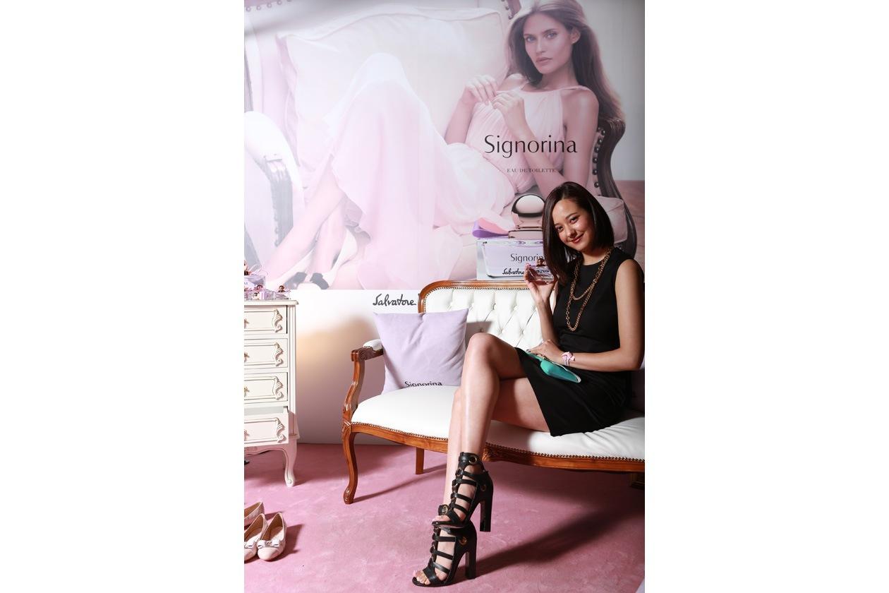 Arisa Urahama nella Signorina Experience Room