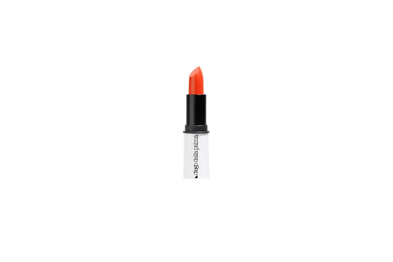 Il Sorbet Lipstick n° 181 di Diego Dalla Palma è un rosso arancio che idratata le labbra