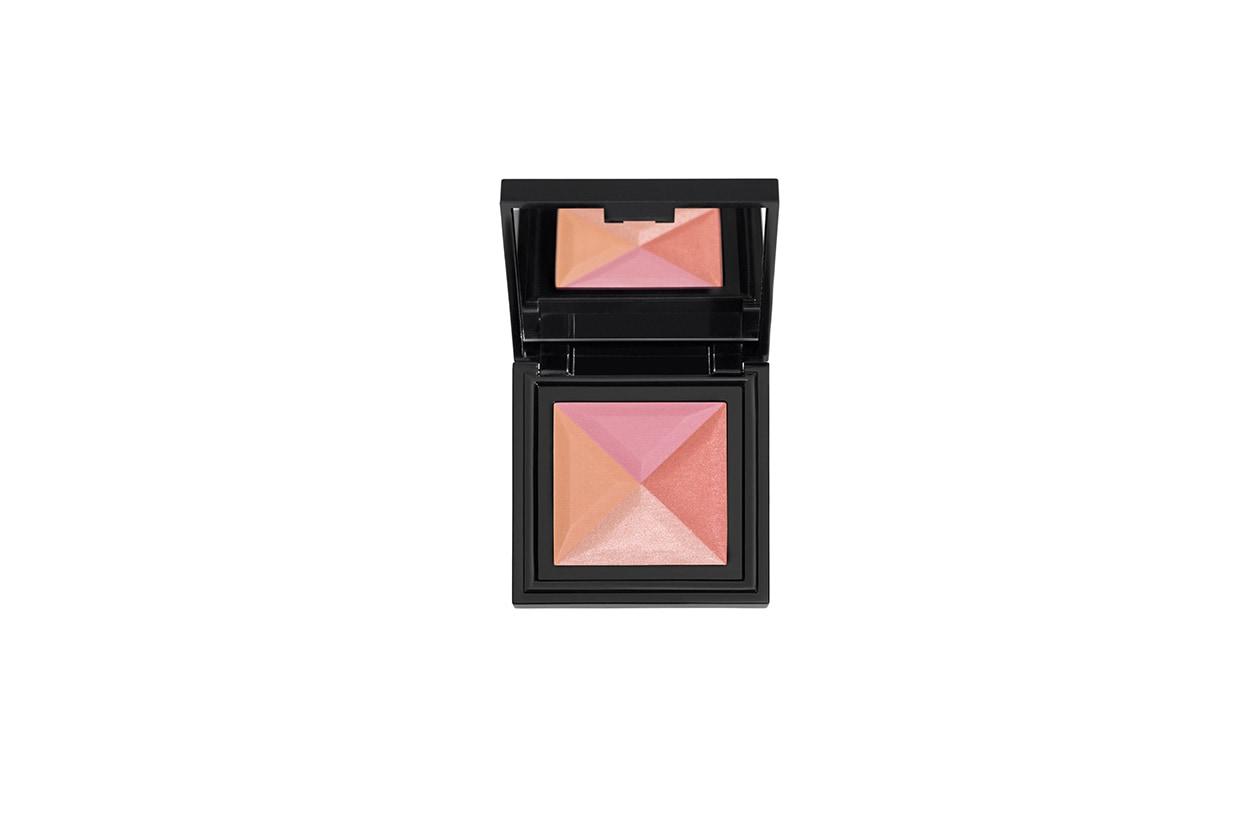 Quattro tonalità rosate e aranciate per un'ottima resa del colore: è il Sunrish Blush 59 di Diego Dalla Palma