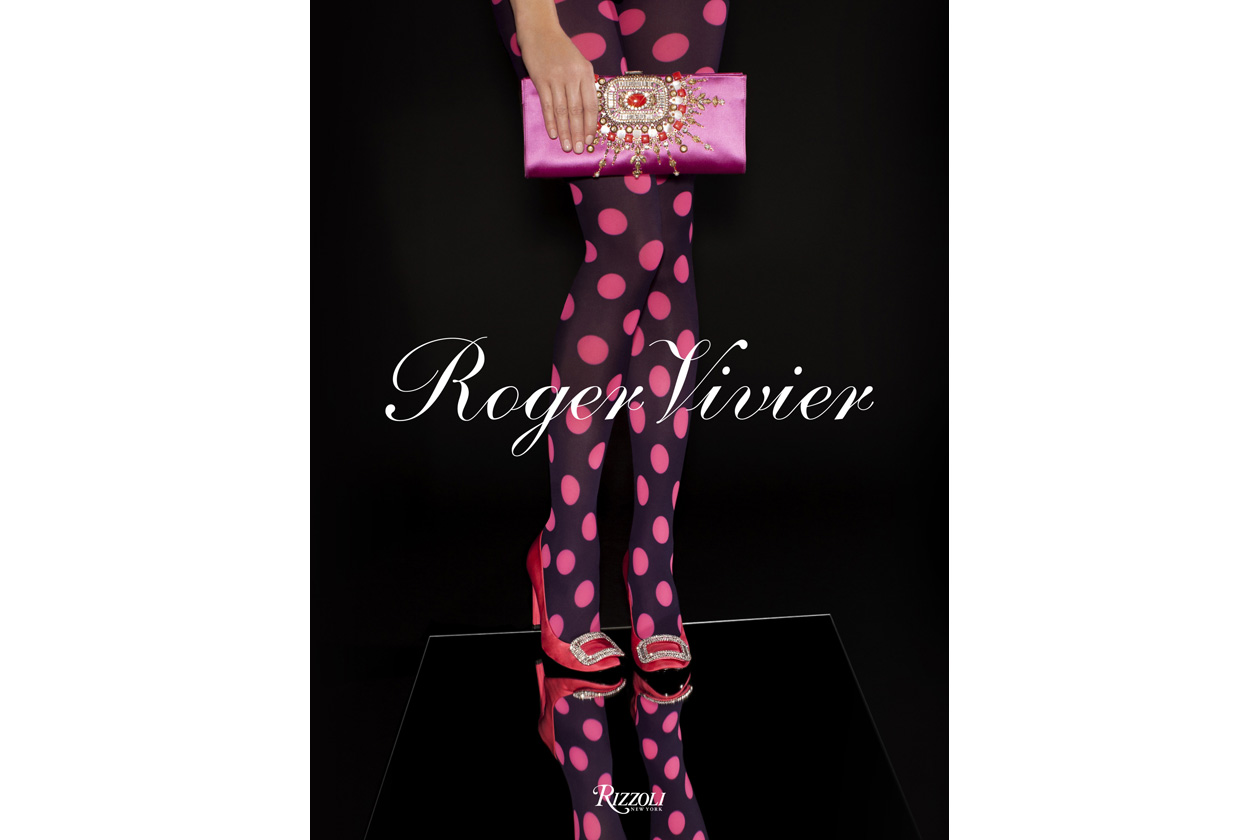 ROGER VIVIER BOOK COVER Cou
