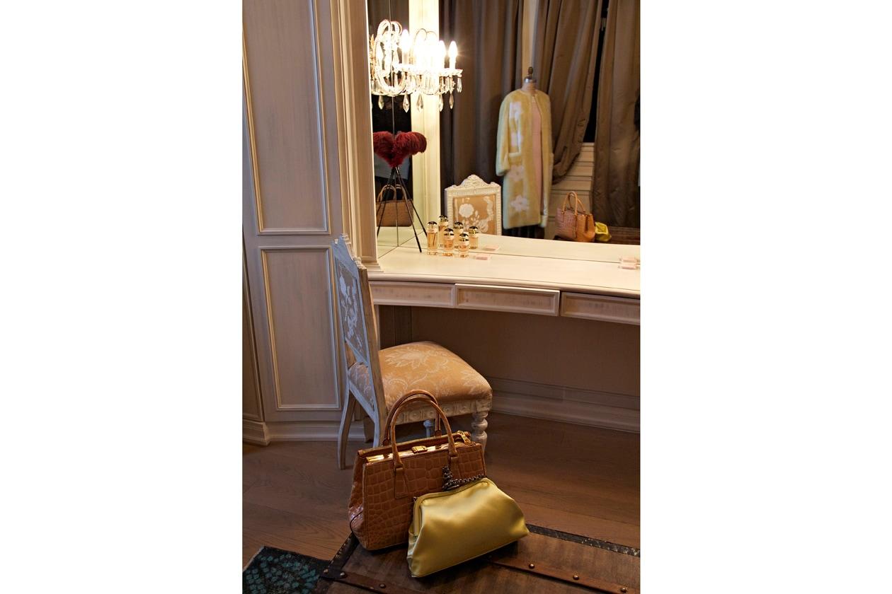Tappa in Italia: Candy/Léa Seydoux vivrà una storia d'amore in un elegante appartamento milanese