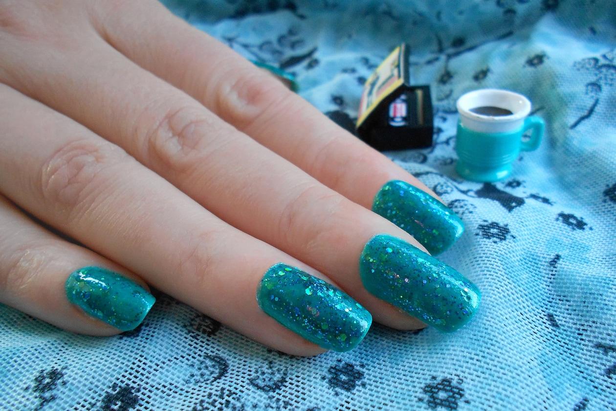 03 EmeraldGreen nails