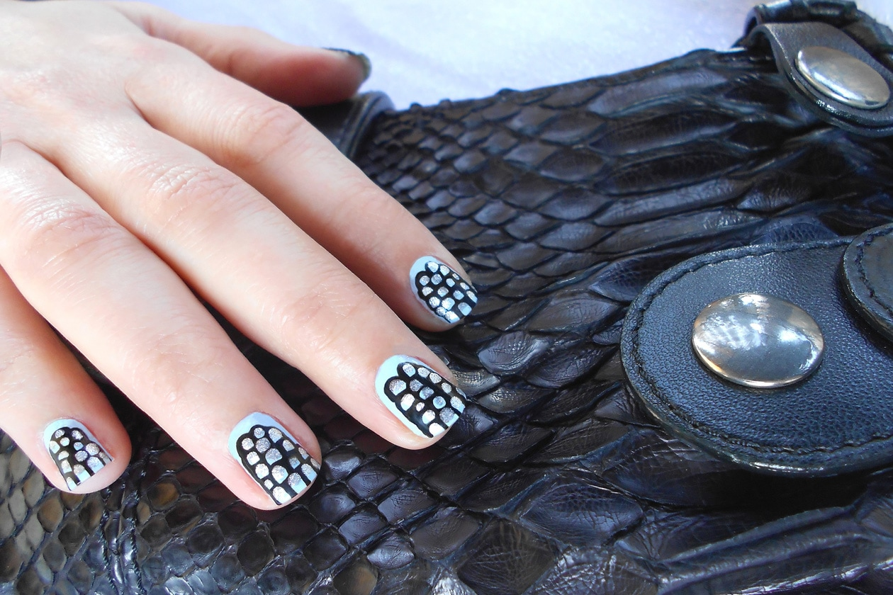 05 TheYearOfTheSnake nails