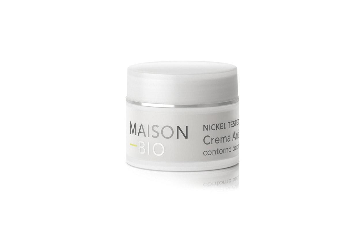 Per chi ama i prodotti naturale a base vegetale c'è la Crema antirughe contorno occhi di Maison Bio con gel di aloe vera e acido ialuronico