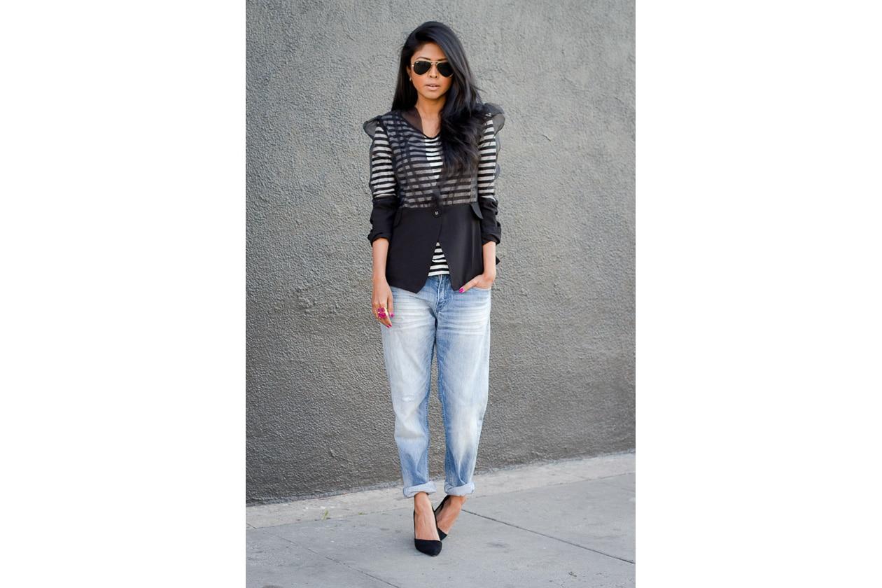 Sheryl Luke wearing Boyfriend Jeans + Stripe Top by H&M + ALDO Pumps + Beso Beso By Luka ring + Rehab Clothing Sheer Blazer 3