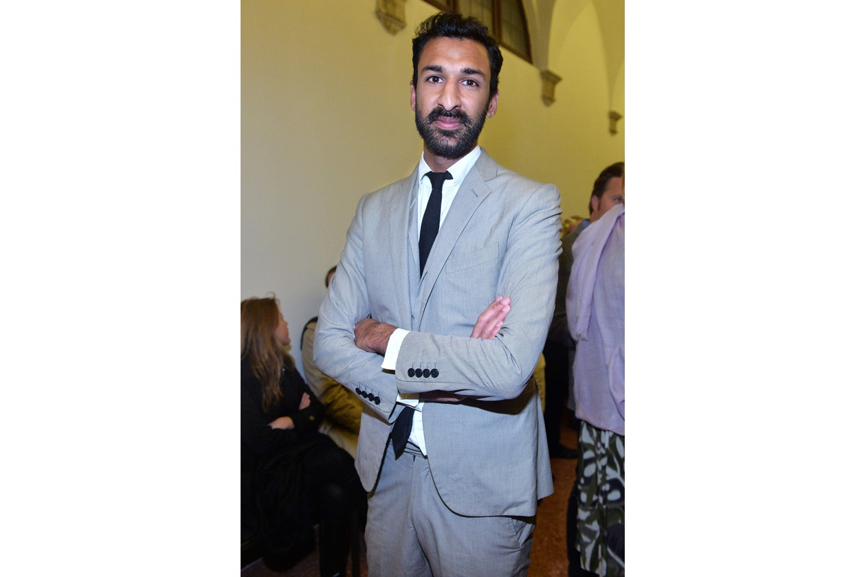 007 Asif Khan ALF 2561 R