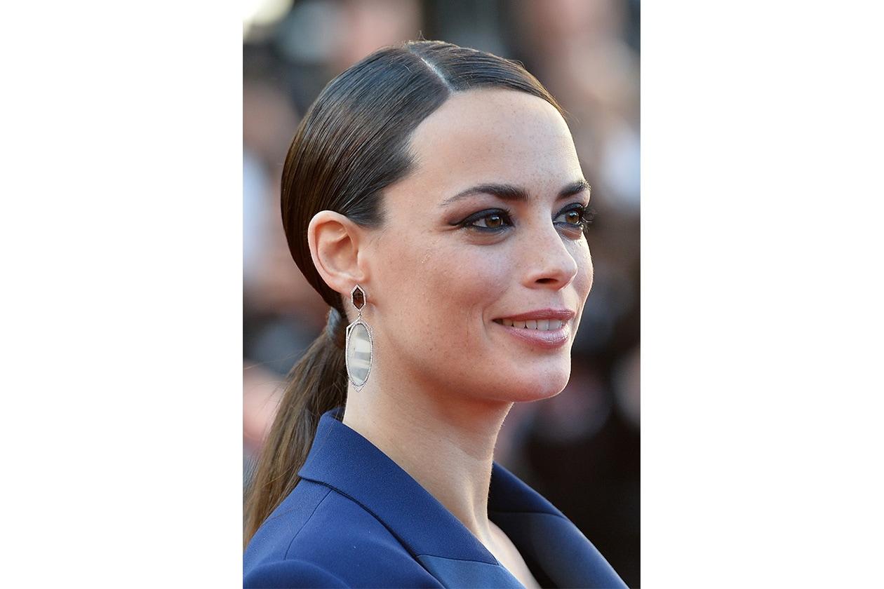 Berenice Bejo mette i capelli in riga