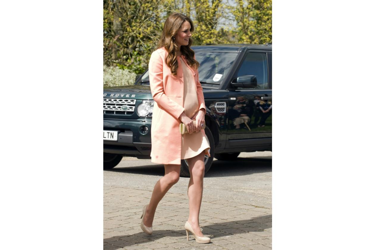Kate Middleton la più regale quasi mamma