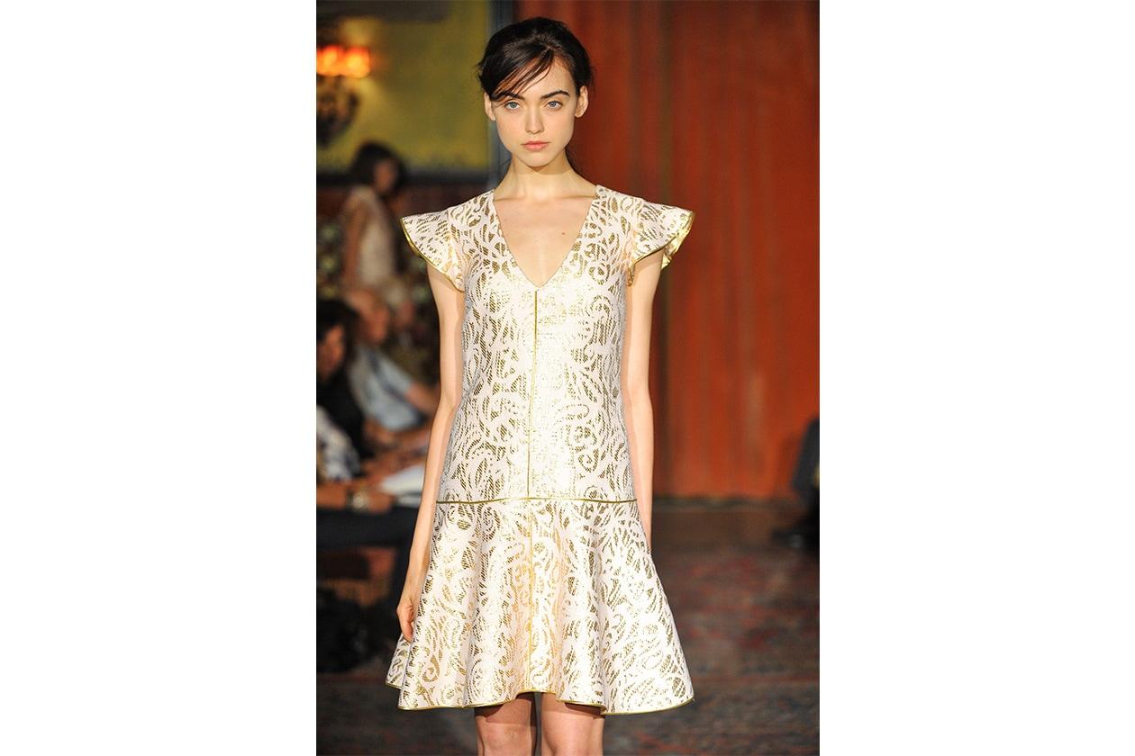 Mini dress dalle line essenziali (Behnaz Sarafpour)