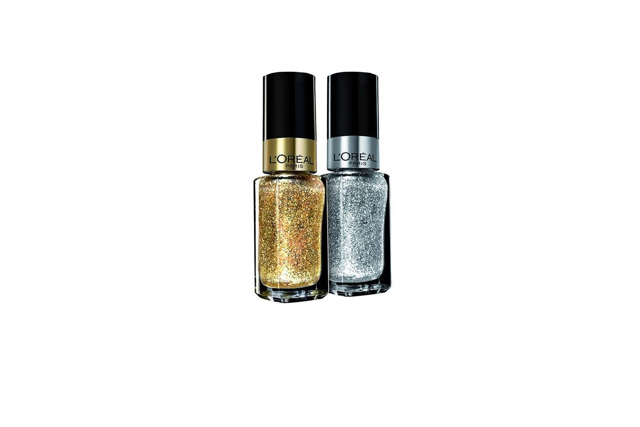 Per un finish ancora più scintillante, una passata di Color Riche Lo Smalto Gold Carat o di Diamond Carat di L'Oréal Paris