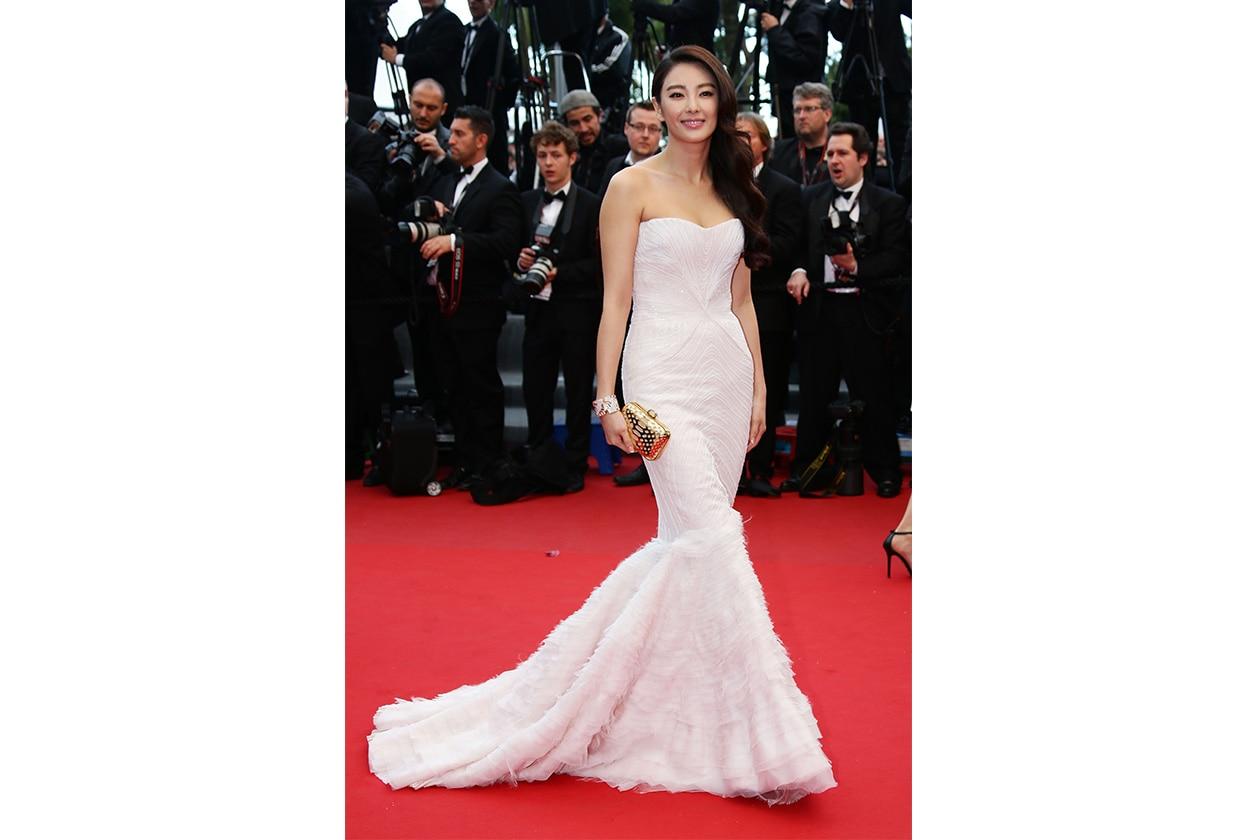 Sposa Star in bianco Zhang Yuqi