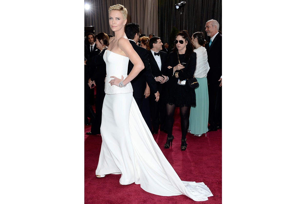 Sposa Star in bianco charlize theron