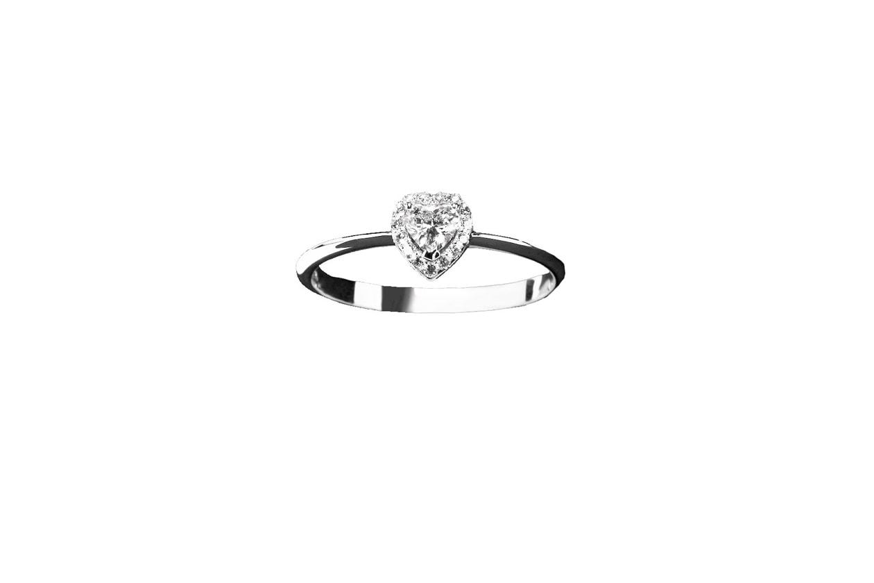 Anelli Pomesse Gioielli anello solitario in oro bianco, diamante centrale taglio a cuore 800 euro