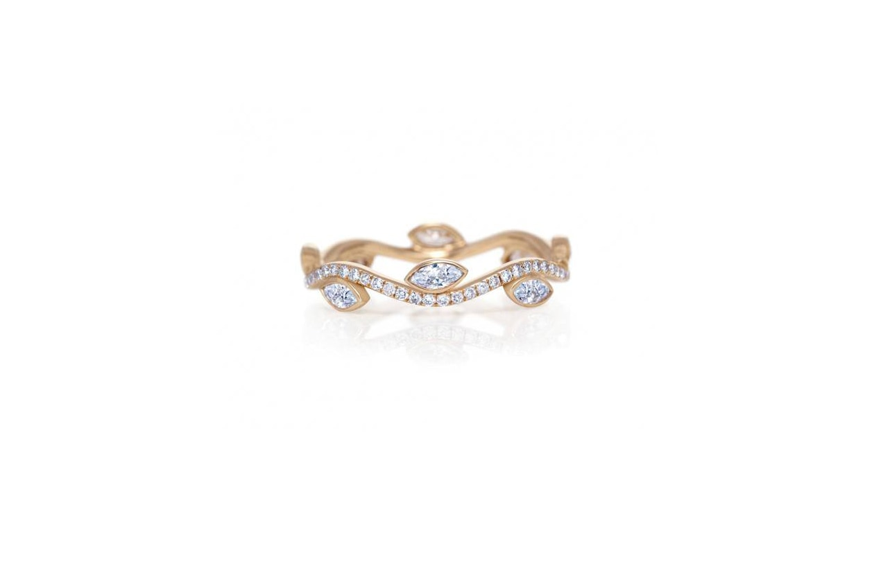 Anelli anello pave con fiori di diamanti De Beers