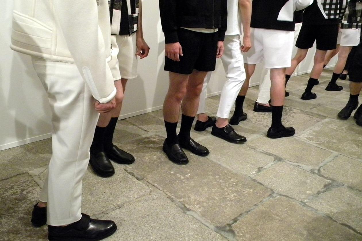 Forme Eames anche per le scarpe