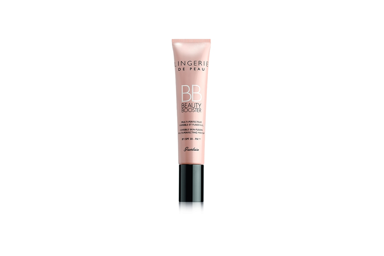 La nuova BB Cream Lingerie de Peau Beauty Booster Invisible Skin-Fusion di Guerlain perfeziona e rende uniforme la pelle